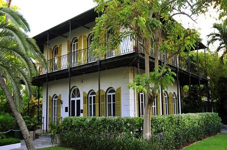 2.-Ernest-Hemingway-home.jpg