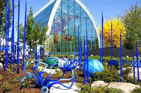 3-Chihuly-Gardens.jpg