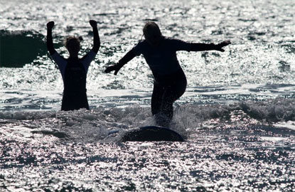 3-Tofion-Surfing.jpg