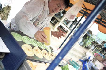 3-cambodia-street-food.jpg