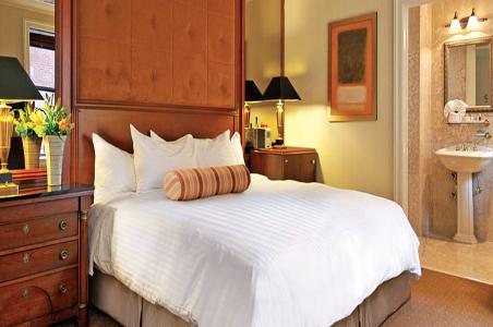 3-iriquois-nyc-hotel.jpg