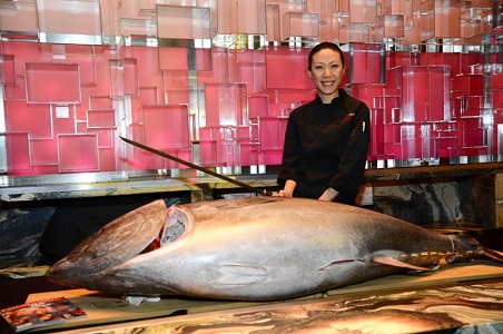 3.%20Chef-Heather-Zheng-and-tuna.jpg