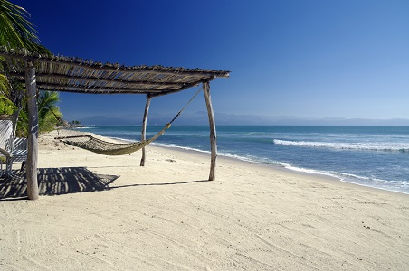 3.%20riviera-nayarit-honeymoon-beach_resized.jpg