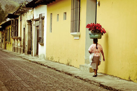 4--streets-antigua-guatemala.jpg