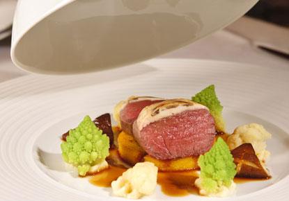 4-J_Restaurant_Dieter_Mueller.jpg