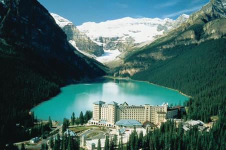 4-fairmont-chateau-lake-louise.jpg