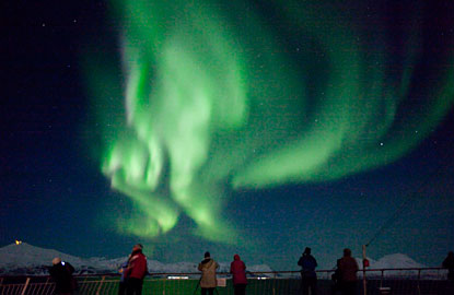 4-northern-lights.jpg