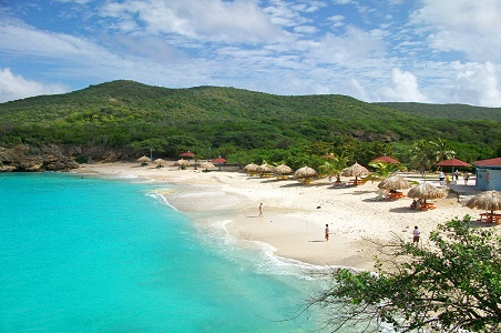 4.%20curacao-fall-honeymoon_resized.jpg