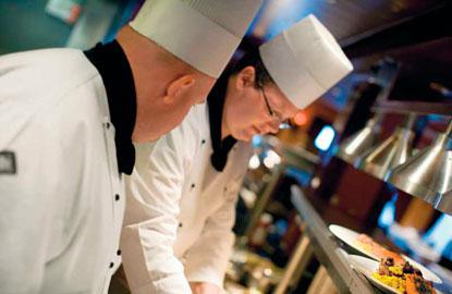 4_Norwegian_ChefsPlating_web.jpg