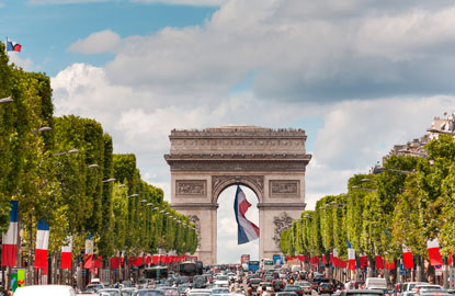 4_champs-elysees.jpg