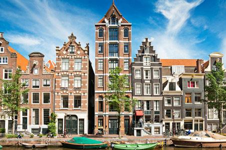 5-Amsterdam-canal.jpg