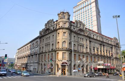 5-Astor-House-Hotel.jpg