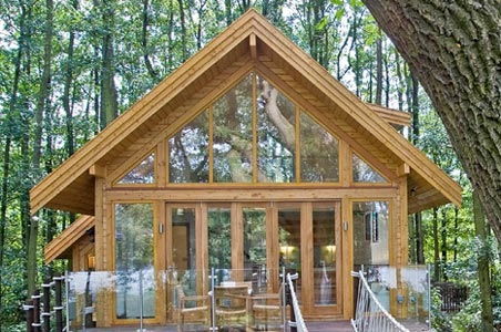 5-treehouses-britain.jpg