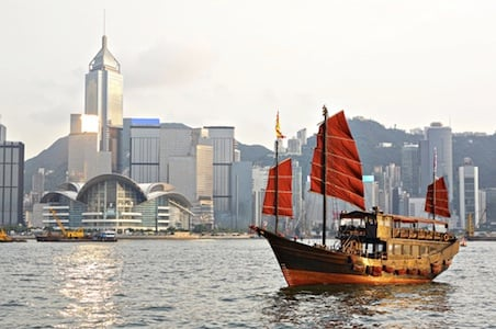 6 Reasons To Go To Hong Kong Now