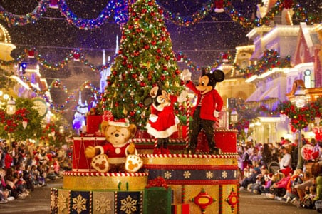 How to Spend the Holidays at Disney