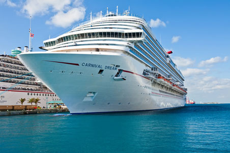 Carnival Dream Ship Stuck in St. Maarten