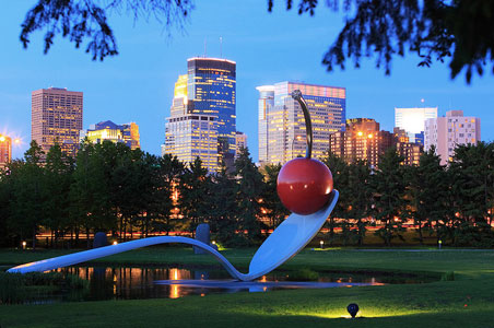 5 Reasons to Go to Minneapolis Now