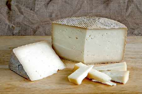 Traveler's Meditation: A Journey to Discover the Cheeses of Spain