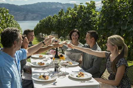 5 Reasons to Visit the Okanagan Valley This Fall