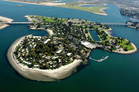 8.%20Paradise-Point-Island-Aerial.jpg