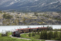 Alaska-Skagway-white-pass-railroad-train-bend-river.jpg