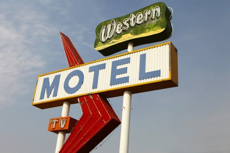 Americana-Motel-New-Mexico.jpg