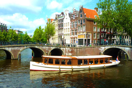 Amsterdam-Jewel-Cruises.jpg