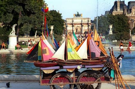 Boats-Jardin-Tuileries.jpg