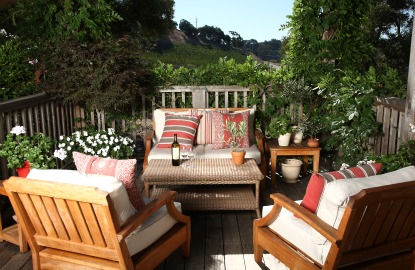 California-Wine-Country-Farmhouse-Vineyard.jpg
