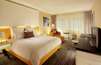Classic-Room_Swissotel-Basel.jpg