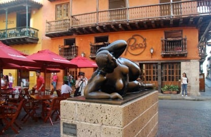 Colombia-Cartagena-Botero-sculpture-.JPG.jpg