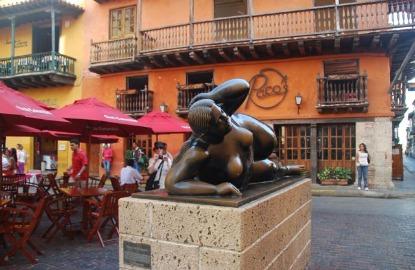 Colombia-Cartagena-Botero-sculpture-.JPG.jpg