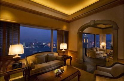 Conrad-Hong-Kong-Suite.jpg