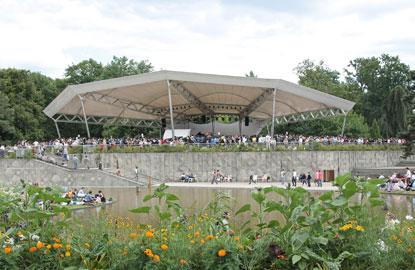 CreditMa%C3%ABlle-H%C3%A9naff-Paris-Jazz-Festival.jpg