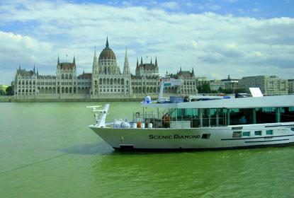 Diamond-in-Budapest-%28c%29-John-Garay.jpg