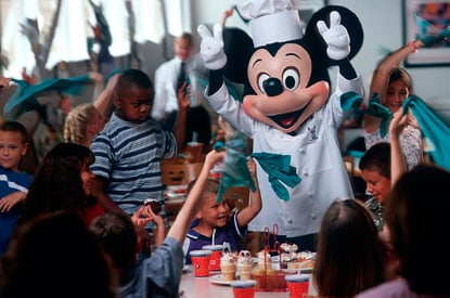 Disney-Contemporary-Resort-chef-Mickeys.jpg