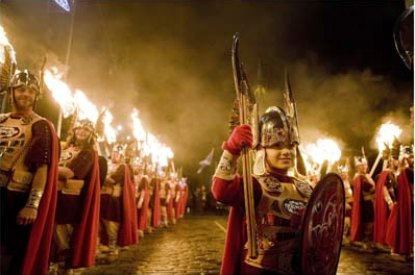 Edinburgh-Hogmanay-Torchlight-Procession.jpg