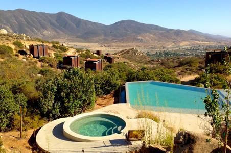 Encuentro-hotel-pool.jpg