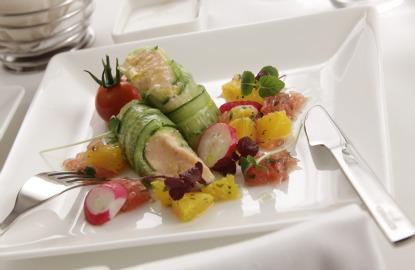 Etihad-first-class-meal.jpg