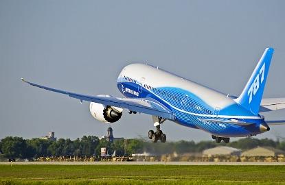 First-Flight-for-Dreamliner.jpg