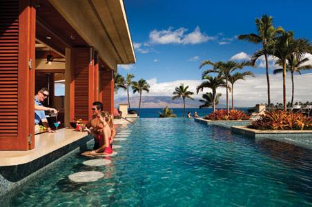 Four-Seasons-Resort-Maui-Best-Swim-Up-Bar-1.jpg