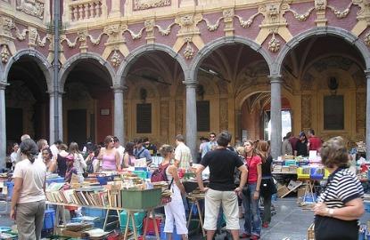 France-Lille-flea-market.jpg