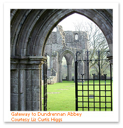 Gateway_to_Dundrennan_AbbeyFF.JPG