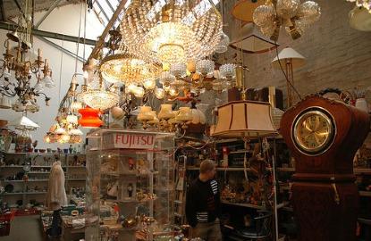 Germany-Berlin-flea-market.jpg