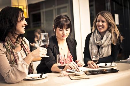 Gourmania-Food-Tours-%28c%29-Tourism-Tasmania-%26-April%20Wright.jpg