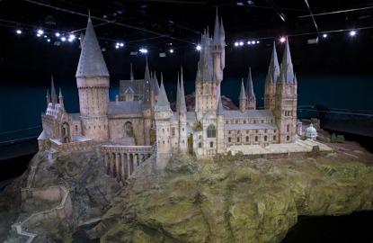 Harry-Potter-Studio-Tour-Hogwarts-Model.jpg