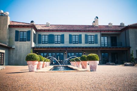Hotel-Domestique-exterior.jpg