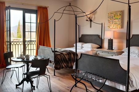 HotelDomestique_room.jpg