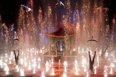 House-of-Dancing-Water.jpg