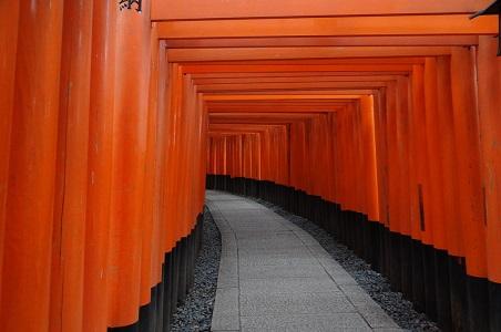 Inari-Shrine-japan.jpg